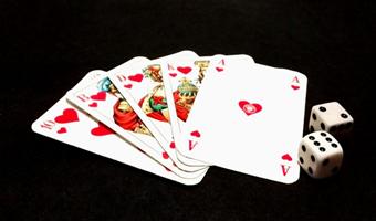 送9救济金的棋牌游戏平台